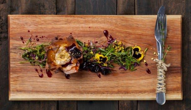 Homespun Restaurant Food Table View
