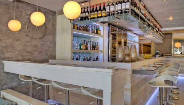 Mezepoli Bar