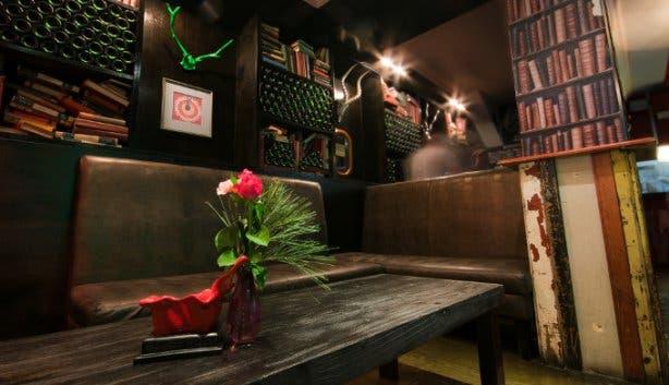 Slug & Lettuce Kloof Street Bar and Restaurant in Cape Town