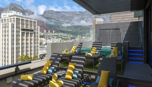 Haralds Bar & Terrace_Table Mountain View