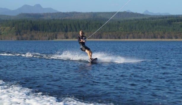 Benguela_lakeside_Ski