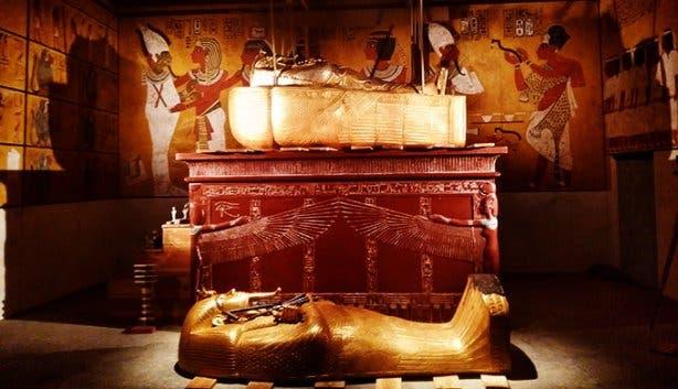 Tutankhamun - His Tomb and His Treasures 2