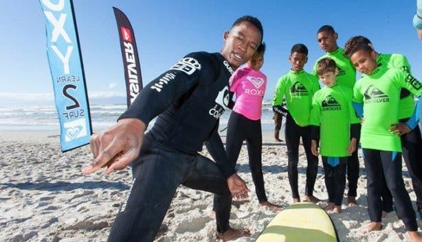 Celeb Surf Day - 6