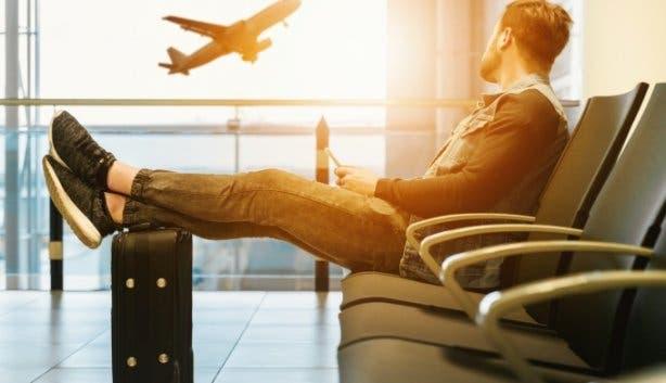 Lockdown travel_(airport)
