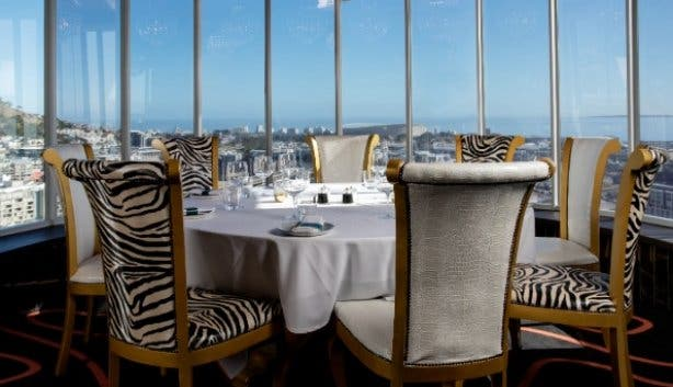 Hotel_Sky_Cape_Town_Infinity_Restaurant_view