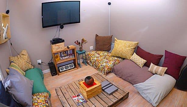 TV room in BIG Hostel Cape Town