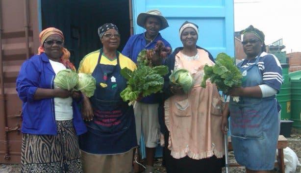 Camissa Township Tours Garden Ladies