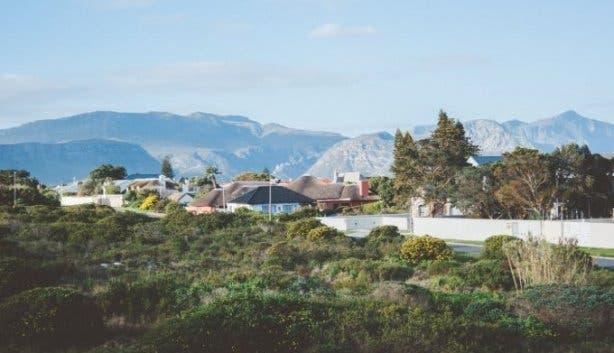 Whale Rock Lodge