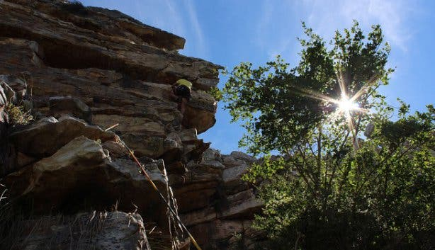 man rock climbing at silvermine nature reserve