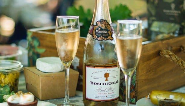 Boschendal Rose Garden Picnic Valentine's Day Overview 2018
