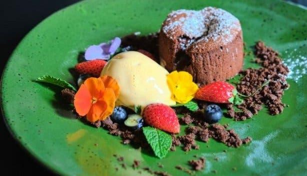 The Yard dessert Zeits Mocaa
