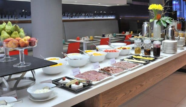 Breakfast buffet at Park Inn