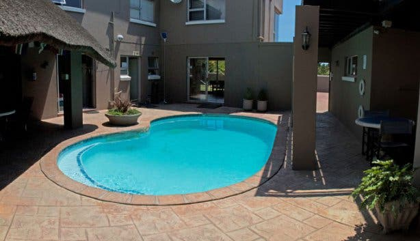 Color of Cape Town Pool Day
