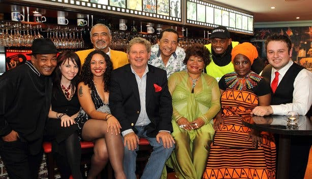 Richard's Bistro supper and stage Kaapstad