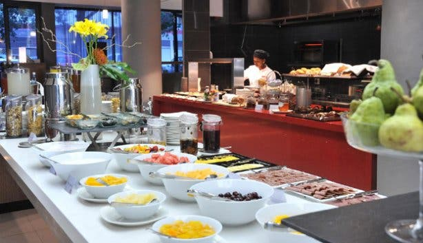 Breakfast at RBG at Park Inn Cape Town