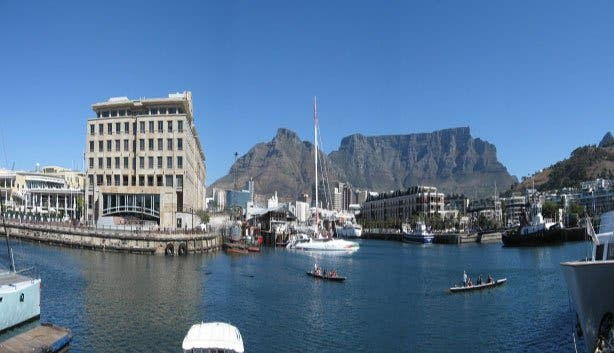 Cape Town waterfront mountain