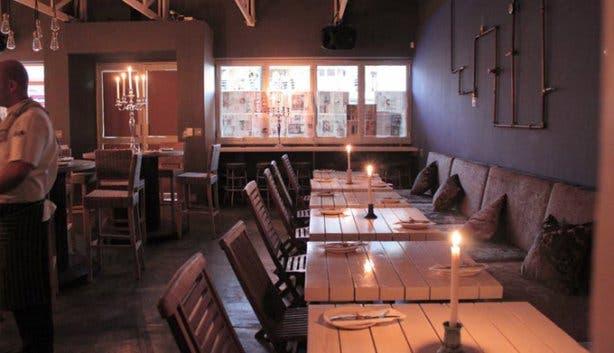 Homespun Restaurant Table View