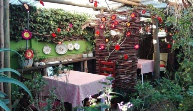 The Botanical Tea House 2017