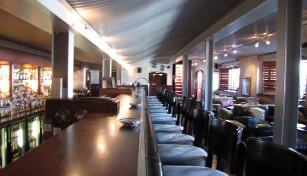 Bascule Bar 4