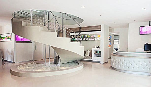 Langaro Spa staircase