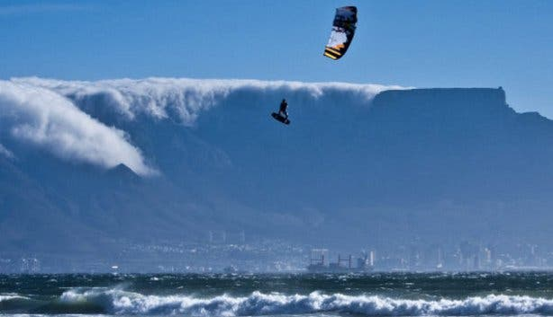 Len 10 Megaloop Challenge | Kiteboarding Competition Big Bay