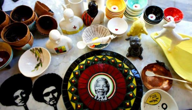Ceramic art and South African souvenirs Baraka