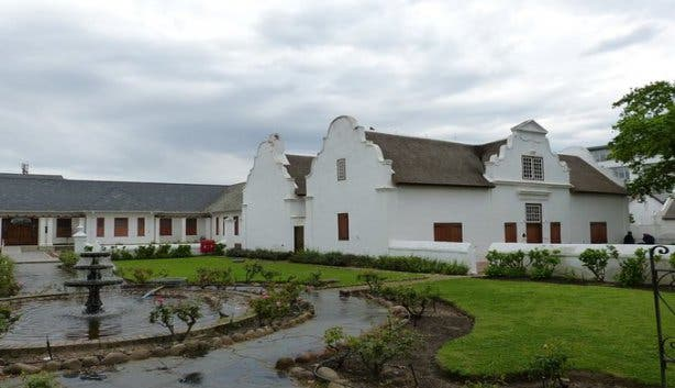 Stellenbosch on Foot Tour
