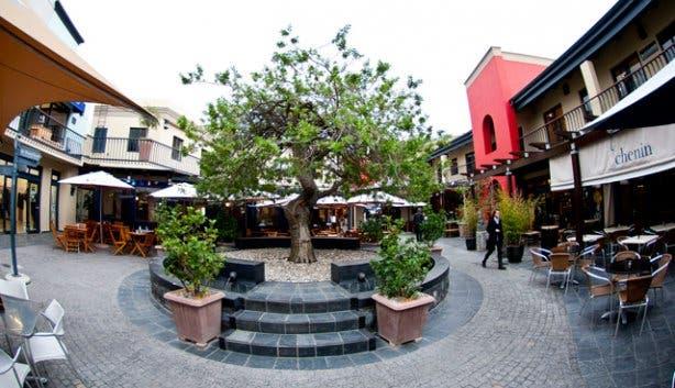 Cape Quarter Piazza