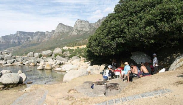 A family enjoying a picnic at one of the SanPark locations