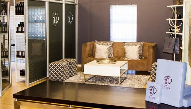 Desir Showroom Couch