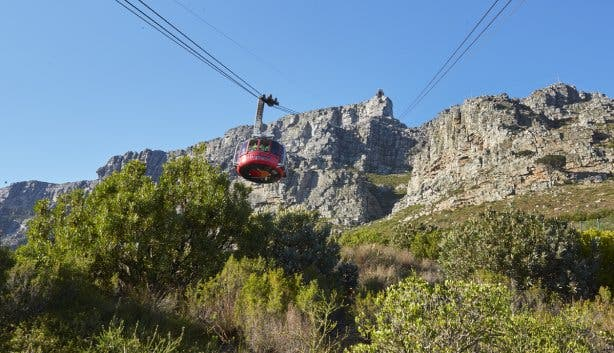 Table_Mountain_Aerial_Cableway_1