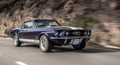 Classic-rides-vintage-car