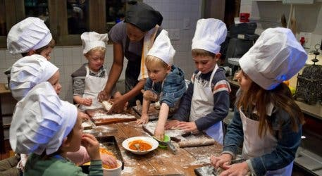 Kids activities at family-friendly Cafe Paradiso