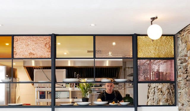 Openwine wine tasting room and kitchen in cape town for Mullberry home