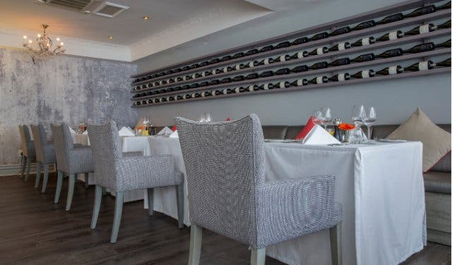 la mer restaurant in sea point
