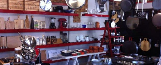 Chefs warehouse canteen in cape town liam tomlin for Kitchen lights cape town