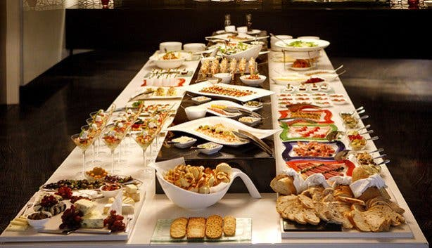 Christmas Day Lunch Buffet At African Pride 15 On Orange Hotel