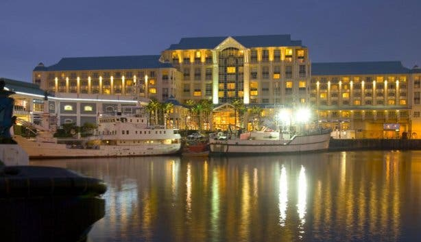 2013 valentine s day dinner at the table bay hotel for Table bay hotel quay 6