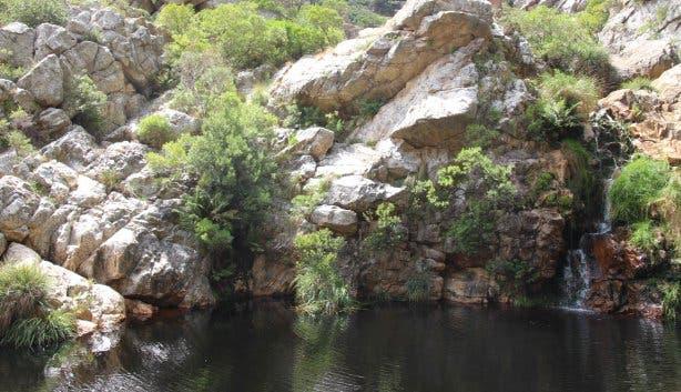 Crystal pools wanderung im steenbras nature reserve bei kapstadt - Crystal pools waterfall ...